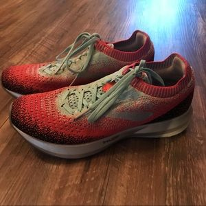 Brooks levitate running shoes